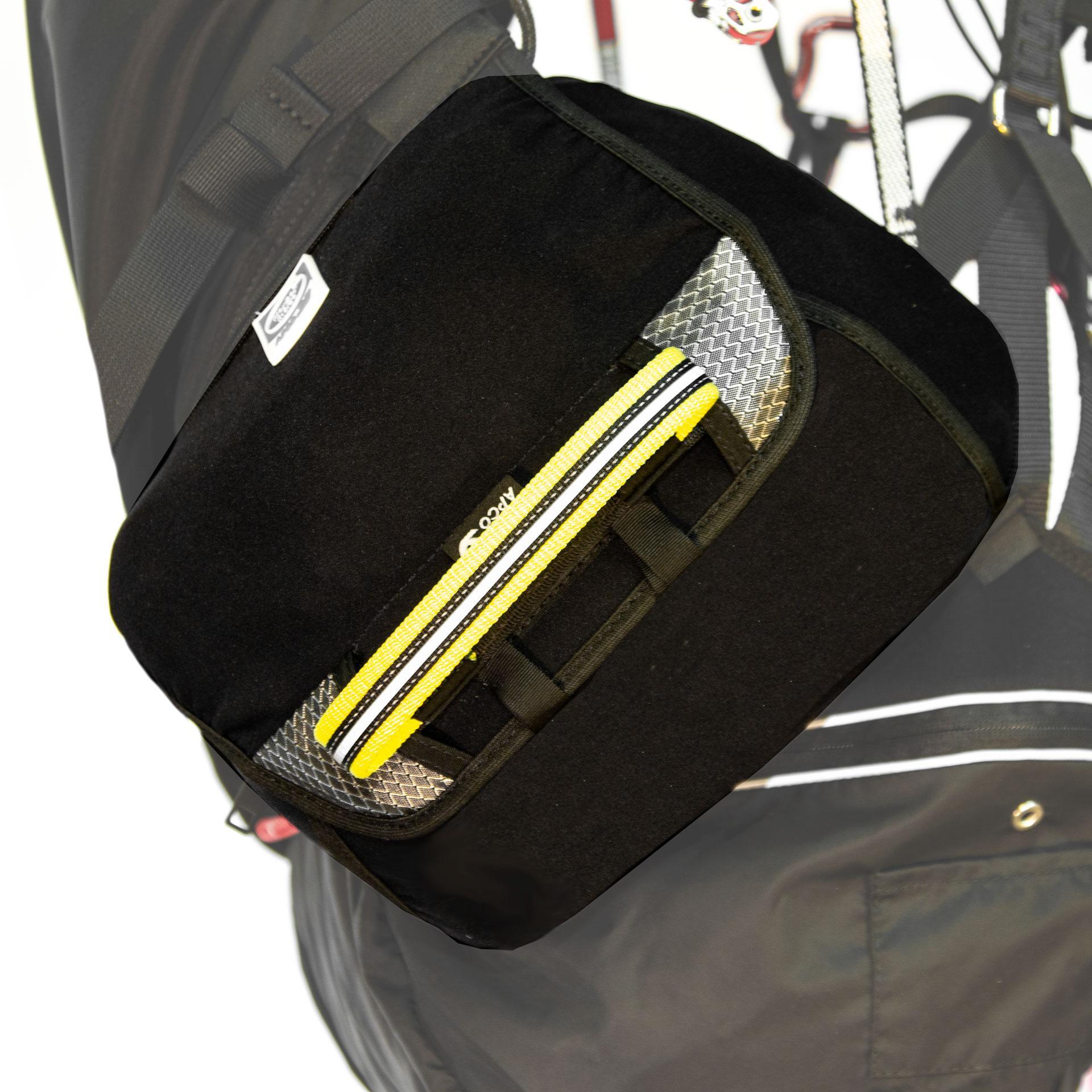 Contenedor de reserva intercambiable con cremallera / bolsillos laterales